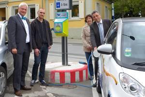 Weinheim: Neue Ladestation für E-Autos in Marktplatz-Nähe